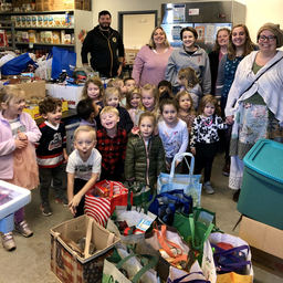 CARe visits the TEEG Food Pantry